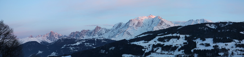 Le Mont Blanc au couché du soleil